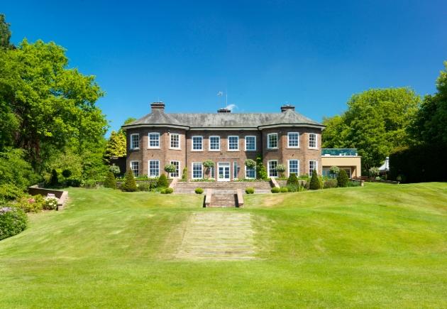 Delamere Manor, Cuddington