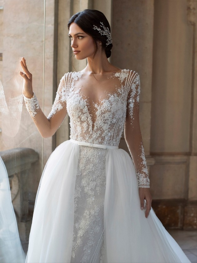 Pickford by Pronovias, with detachable skirt